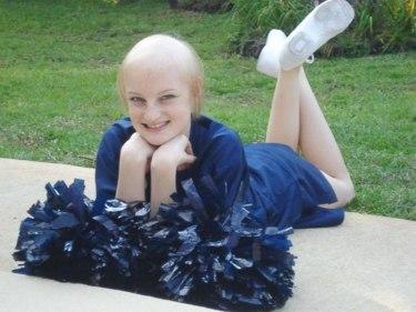 childhood-cancer-survivor-hospital-nurse-montana-brown-3-59d73f48c10d7__700.jpg