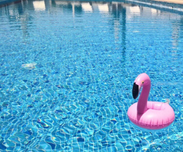 How To Plan a Pool Party